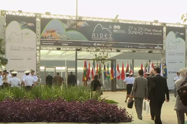 Exército participa de feira inédita de defesa, segurança e